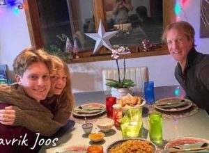 Mavrik joos with his girlfriend Hannah lee in his parent's house for new year eve